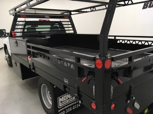 2018 Silverado 3500 Regular Cab DRW, Freedom Contractor Body #180173 - photo 4