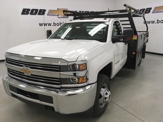 2018 Silverado 3500 Regular Cab DRW, Freedom Contractor Body #180173 - photo 3