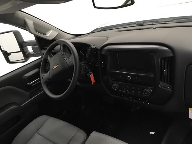 2018 Silverado 3500 Regular Cab, Palfinger Platform Body #180220 - photo 9