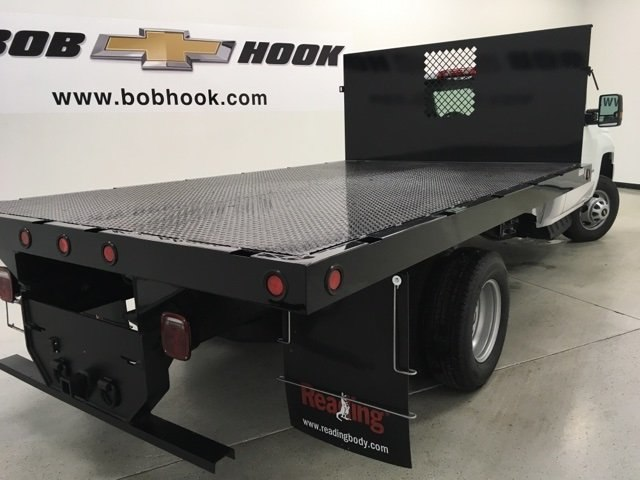 2018 Silverado 3500 Regular Cab, Palfinger Platform Body #180220 - photo 2