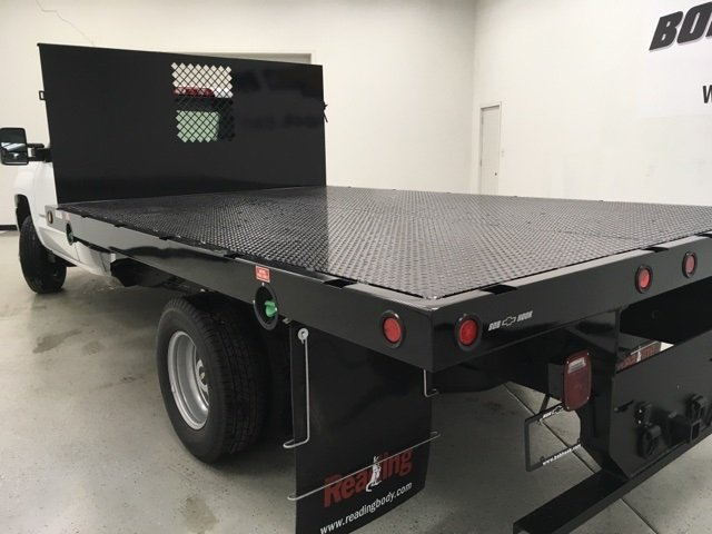 2018 Silverado 3500 Regular Cab, Palfinger Platform Body #180220 - photo 4