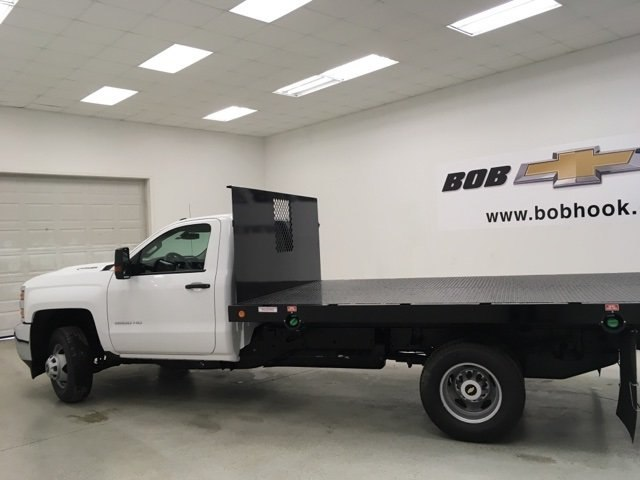 2018 Silverado 3500 Regular Cab, Palfinger Platform Body #180220 - photo 5