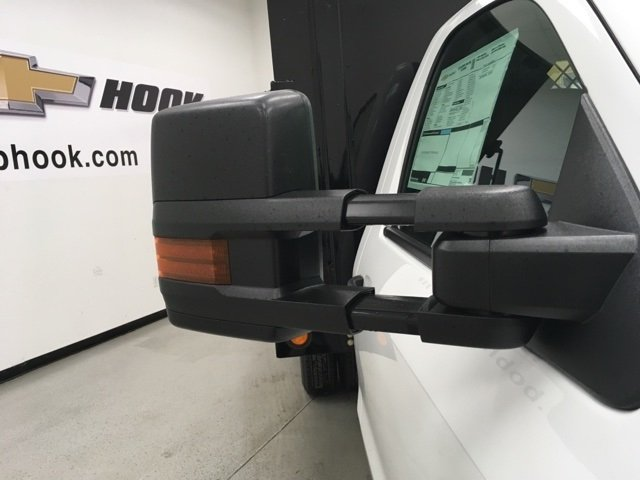 2018 Silverado 3500 Regular Cab, Palfinger Platform Body #180220 - photo 8