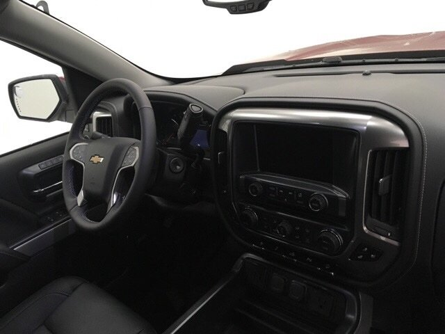 2018 Silverado 1500 Crew Cab 4x4, Pickup #180226 - photo 9