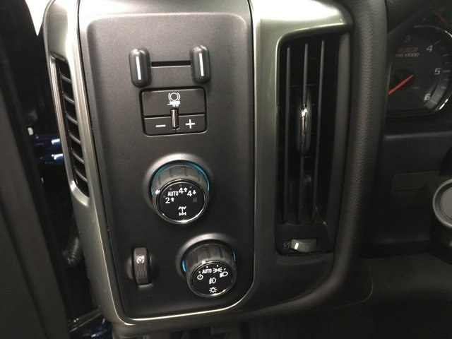 2018 Silverado 1500 Crew Cab 4x4 Pickup #180227 - photo 13