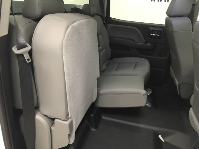 2018 Silverado 2500 Crew Cab 4x4, Reading Service Body #180238 - photo 9