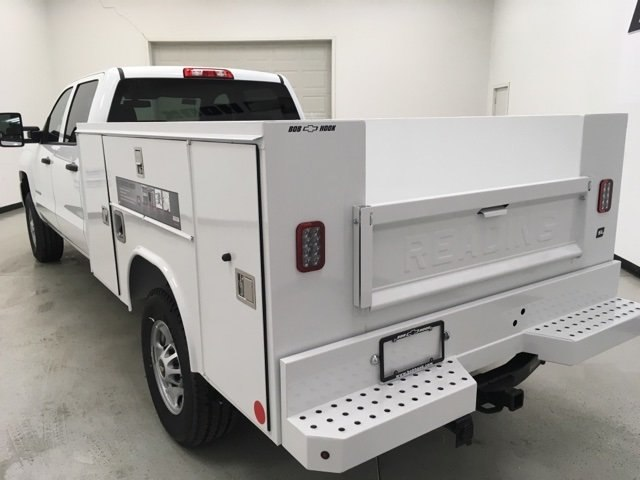 2018 Silverado 2500 Crew Cab 4x4, Reading Service Body #180238 - photo 4