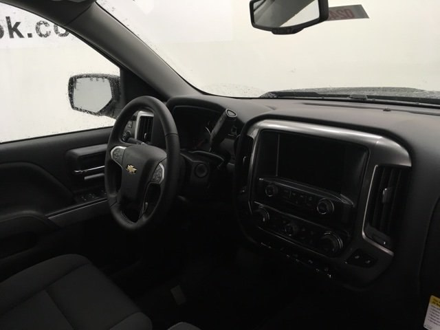 2018 Silverado 1500 Crew Cab 4x4, Pickup #180248 - photo 5