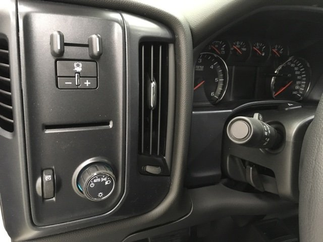 2018 Silverado 2500 Extended Cab 4x4 Pickup #180277 - photo 12