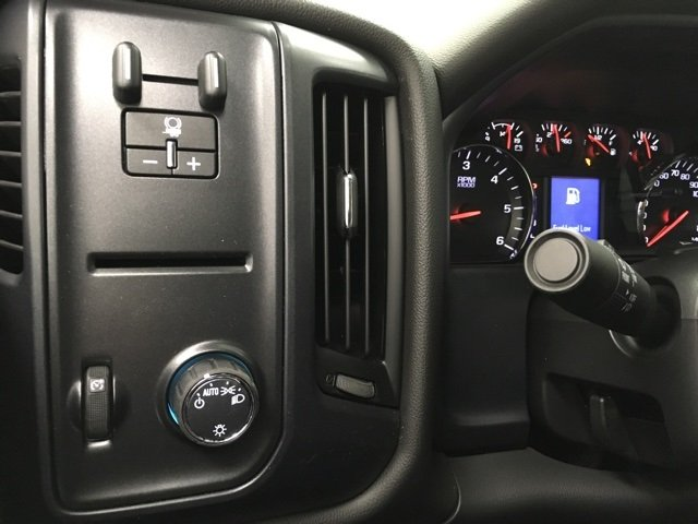 2018 Silverado 2500 Extended Cab 4x4 Pickup #180277 - photo 13