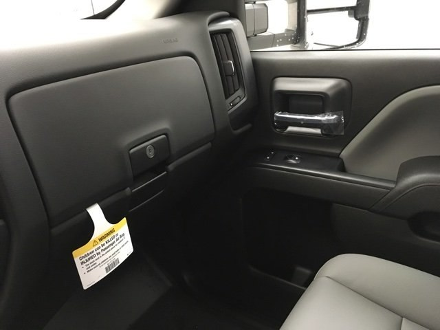 2018 Silverado 2500 Extended Cab 4x4 Pickup #180285 - photo 18