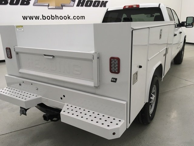 2018 Silverado 2500 Double Cab 4x4, Reading Service Body #180291 - photo 2