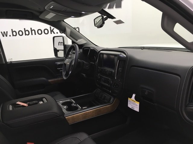 2018 Silverado 2500 Crew Cab 4x4 Pickup #180298 - photo 11
