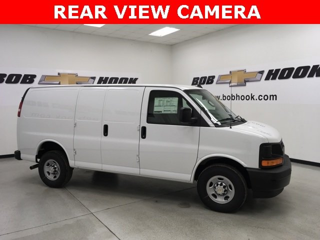 2018 Express 2500 Cargo Van #180300 - photo 4