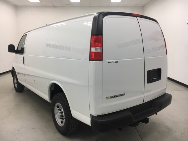 2018 Express 2500 Cargo Van #180307 - photo 7