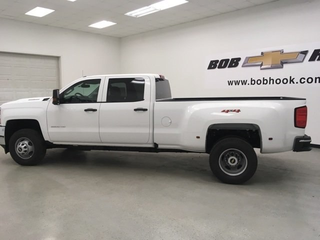 2018 Silverado 3500 Crew Cab 4x4 Pickup #180310 - photo 3