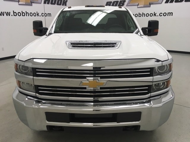 2018 Silverado 3500 Crew Cab 4x4 Pickup #180310 - photo 4