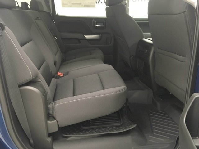 2018 Silverado 1500 Crew Cab 4x4, Pickup #180314 - photo 11