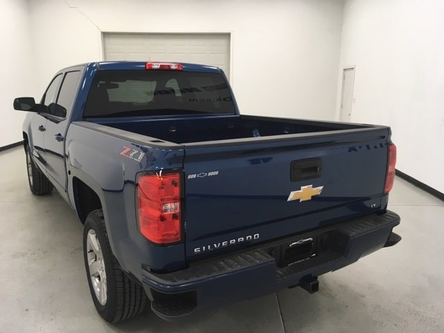 2018 Silverado 1500 Crew Cab 4x4, Pickup #180314 - photo 2