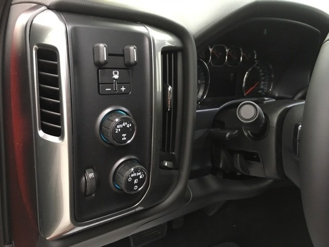 2018 Silverado 1500 Crew Cab 4x4 Pickup #180317 - photo 13