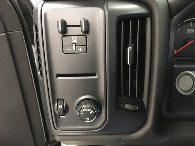 2018 Silverado 3500 Regular Cab DRW, Cab Chassis #180319 - photo 9