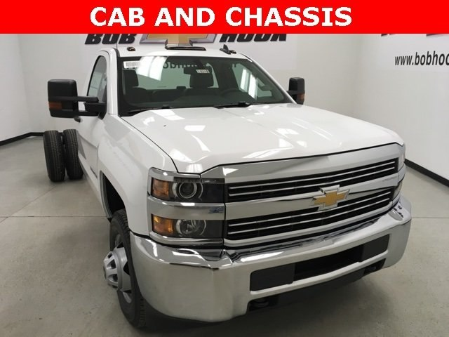 2018 Silverado 3500 Regular Cab DRW, Cab Chassis #180319 - photo 14