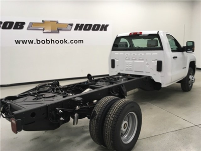 2018 Silverado 3500 Regular Cab DRW, Cab Chassis #180319 - photo 3