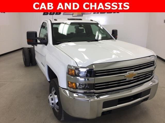 2018 Silverado 3500 Regular Cab DRW Cab Chassis #180324 - photo 3