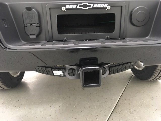 2018 Silverado 1500 Crew Cab 4x4, Pickup #180328 - photo 10