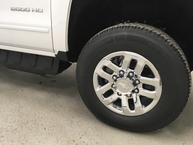 2018 Silverado 2500 Crew Cab 4x4 Pickup #180349 - photo 10