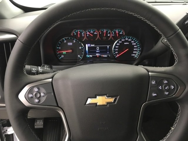 2018 Silverado 2500 Crew Cab 4x4 Pickup #180349 - photo 18