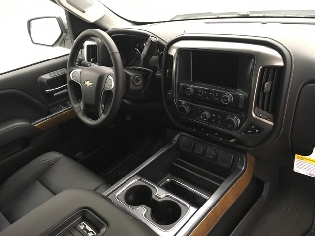 2018 Silverado 1500 Crew Cab 4x4, Pickup #180355 - photo 5