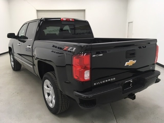 2018 Silverado 1500 Crew Cab 4x4 Pickup #180363 - photo 2