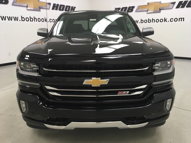 2018 Silverado 1500 Crew Cab 4x4 Pickup #180363 - photo 4