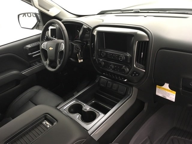 2018 Silverado 1500 Crew Cab 4x4 Pickup #180363 - photo 5