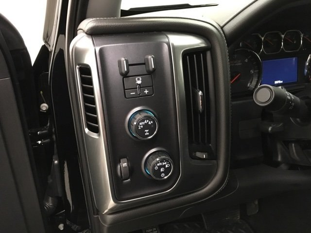 2018 Silverado 1500 Crew Cab 4x4,  Pickup #180366 - photo 16