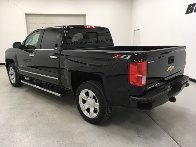 2018 Silverado 1500 Crew Cab 4x4,  Pickup #180366 - photo 2