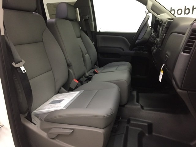 2018 Silverado 2500 Extended Cab Cab Chassis #180385 - photo 8
