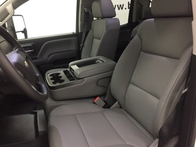 2018 Silverado 2500 Extended Cab Cab Chassis #180385 - photo 16
