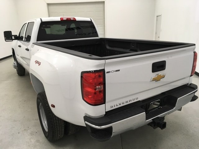 2018 Silverado 3500 Crew Cab 4x4 Pickup #180415 - photo 4