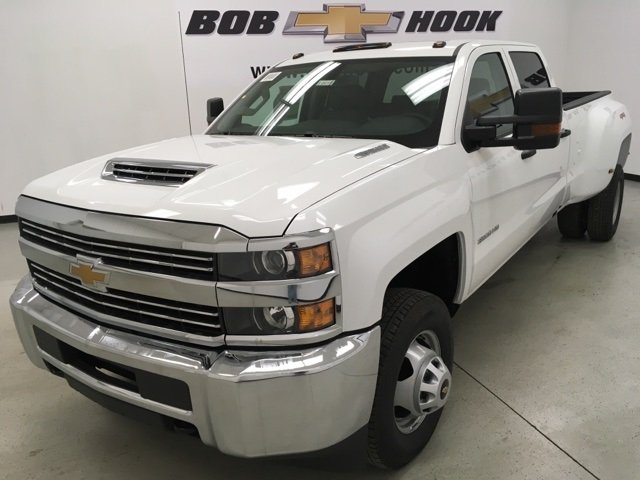 2018 Silverado 3500 Crew Cab 4x4 Pickup #180415 - photo 3