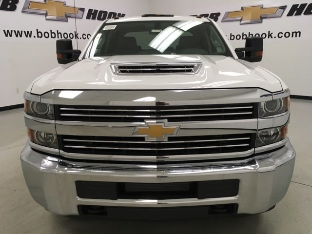 2018 Silverado 3500 Crew Cab 4x4 Pickup #180415 - photo 6
