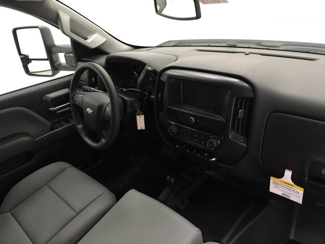 2018 Silverado 3500 Crew Cab 4x4 Pickup #180415 - photo 7