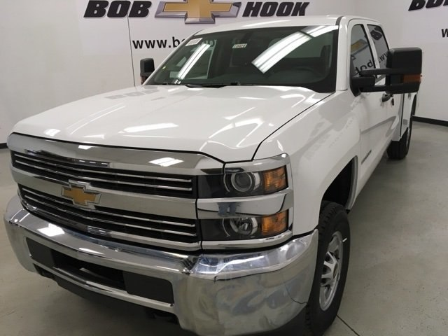 2018 Silverado 2500 Crew Cab 4x4, Reading Service Body #180421 - photo 3