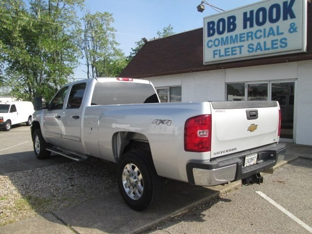 2011 Silverado 3500 Crew Cab 4x4, Pickup #180421A - photo 2