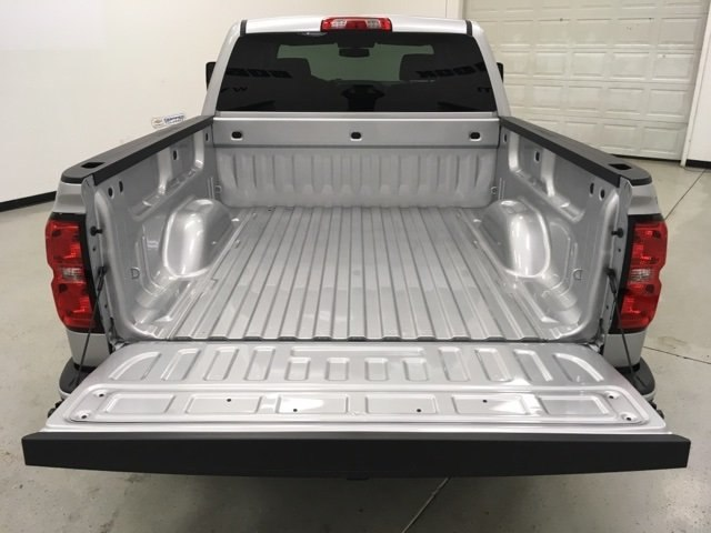 2018 Silverado 1500 Crew Cab 4x4, Pickup #180435 - photo 11