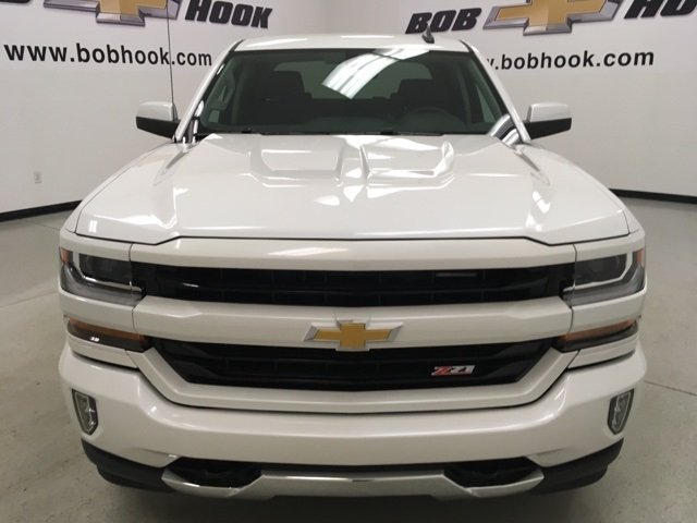 2018 Silverado 1500 Crew Cab 4x4,  Pickup #180437 - photo 4