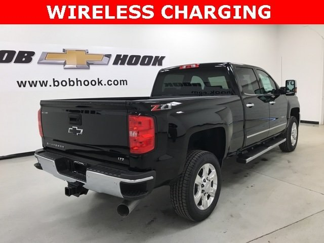 2018 Silverado 2500 Crew Cab 4x4, Pickup #180457 - photo 32