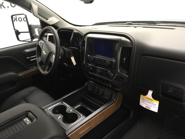 2018 Silverado 2500 Crew Cab 4x4 Pickup #180491 - photo 12