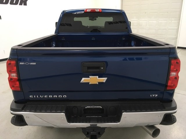 2018 Silverado 2500 Crew Cab 4x4 Pickup #180491 - photo 6